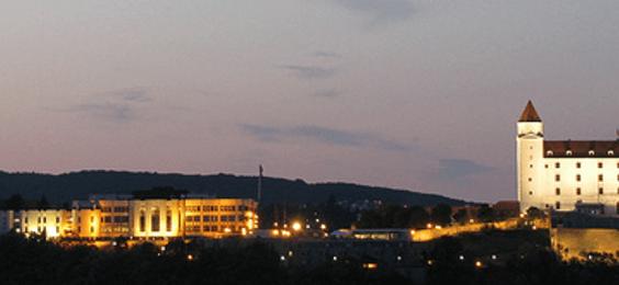 veža kazíku a hradu
